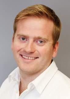 Dr.Julian Nesbitt