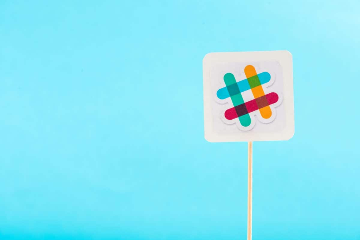 15 Slack Bots for HR Management