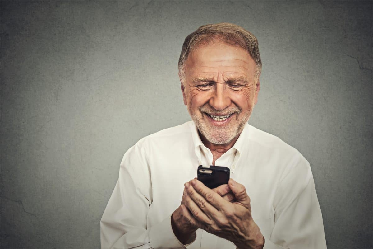 6 of the Best Apps for the Elderly