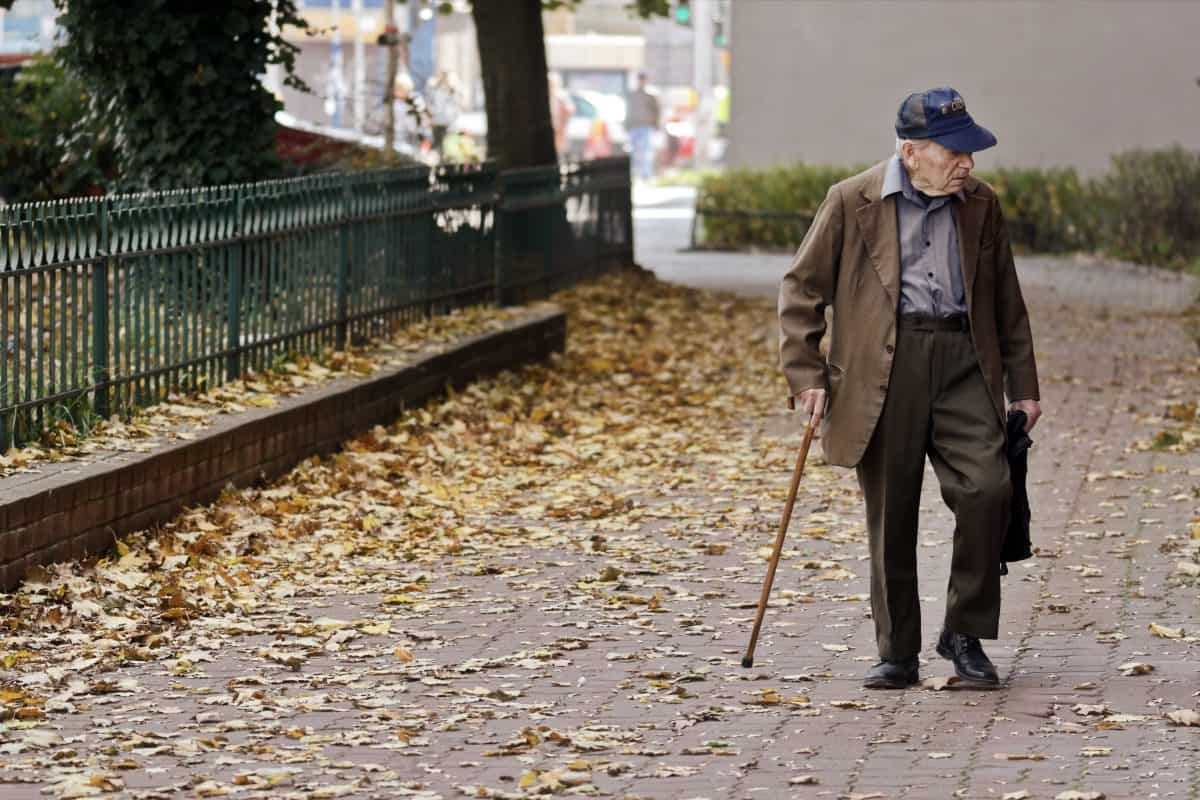 6 Ways Seniors Can Boost Mobility