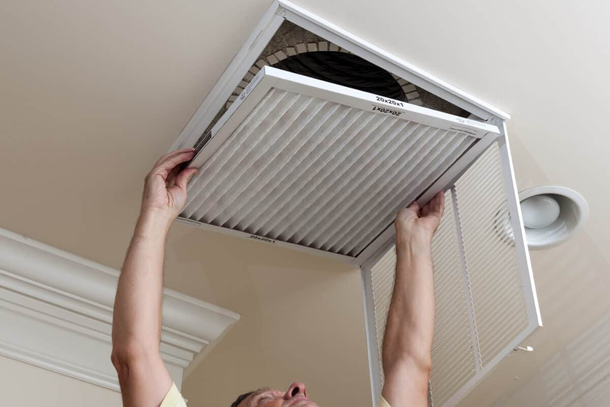 5 Reasons To Change Your AC and Furnace Filters