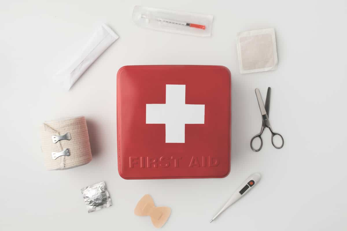 6 Effective First Aid Tips to Stay Healthy During COVID-19