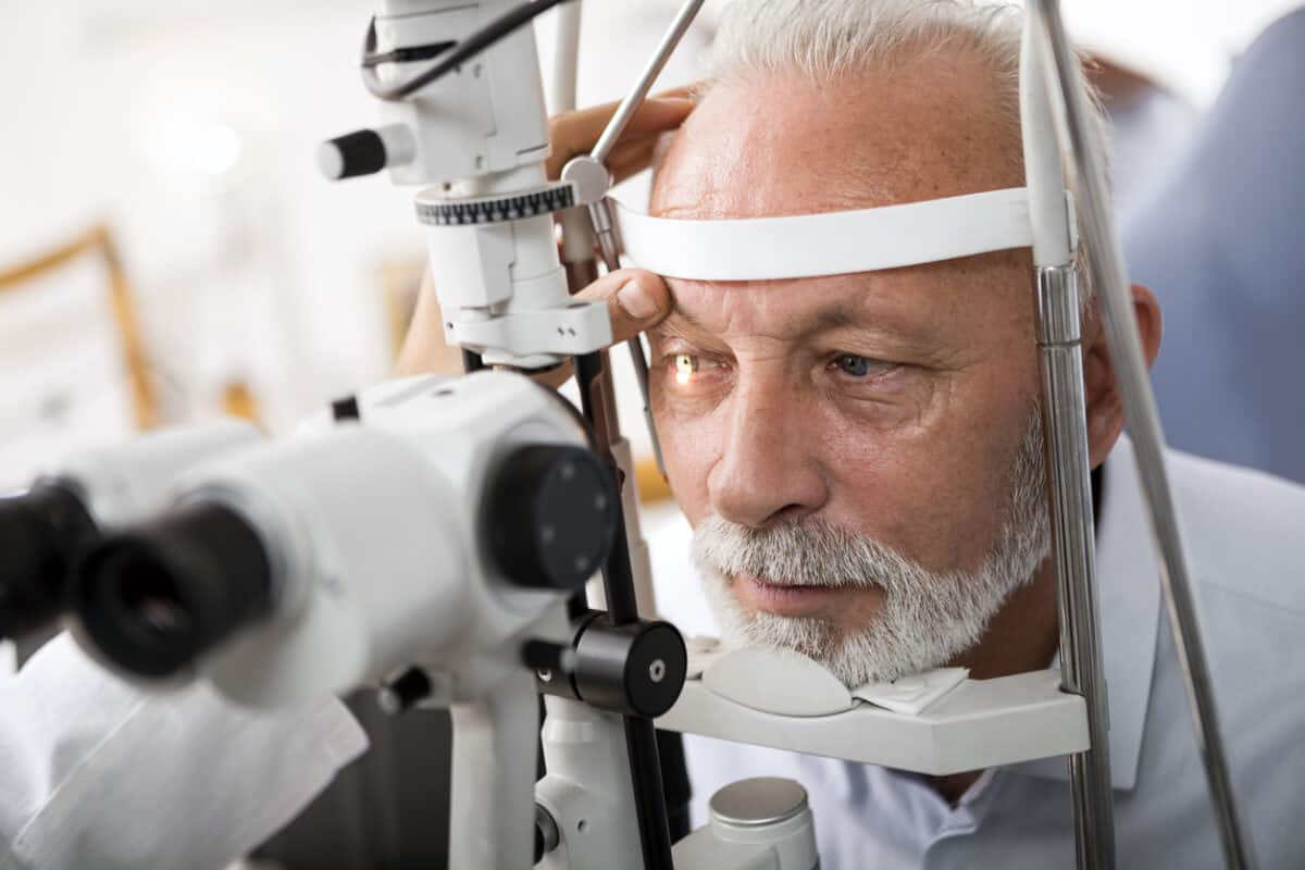 What Does An Ophthalmologist Do?