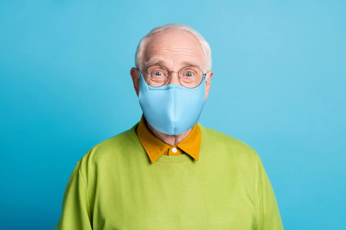 Should You Still Wear A Medical Mask After Getting The COVD-19 Vaccine?