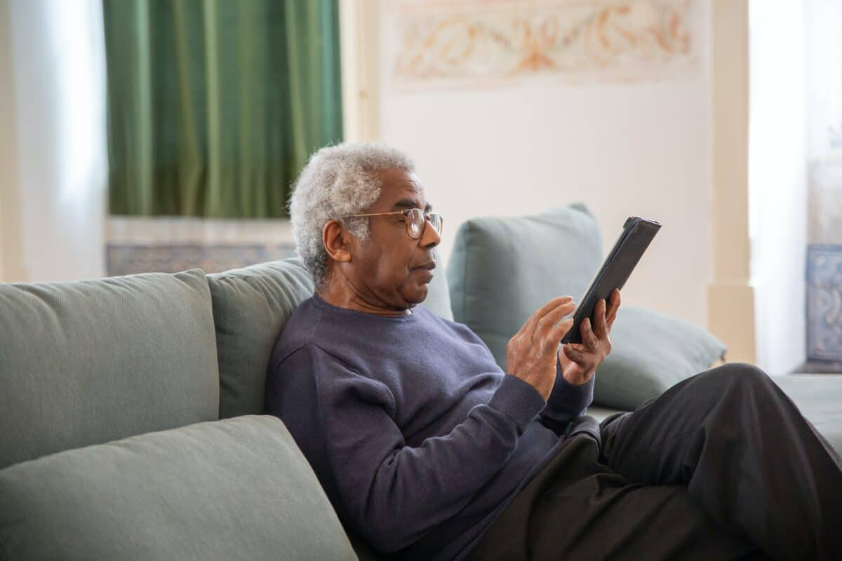 Differences Between Assisted Living and a Nursing Home
